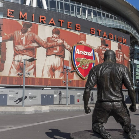 Arsenal Quadratisch