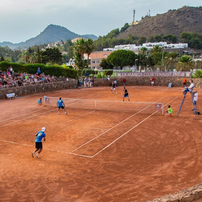 Tennisferien & Camps Quadratisch