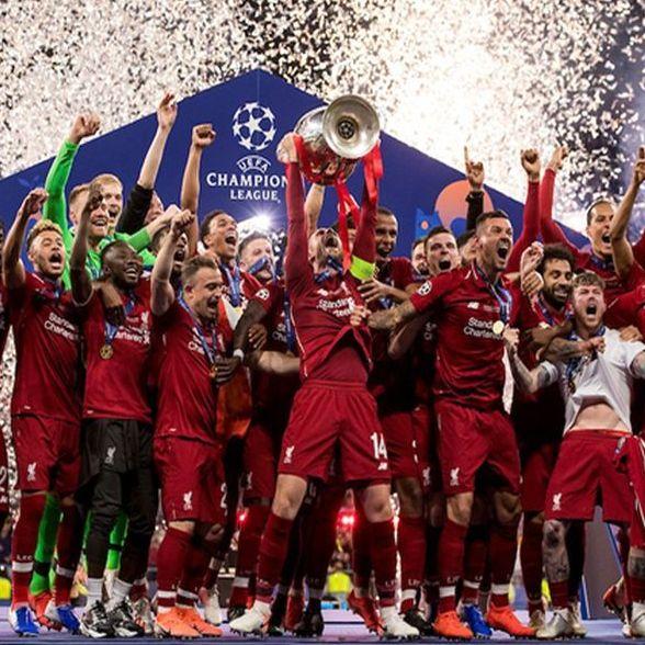 Champions League Titel Quadratisch