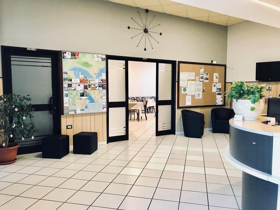 Al Centro Reception