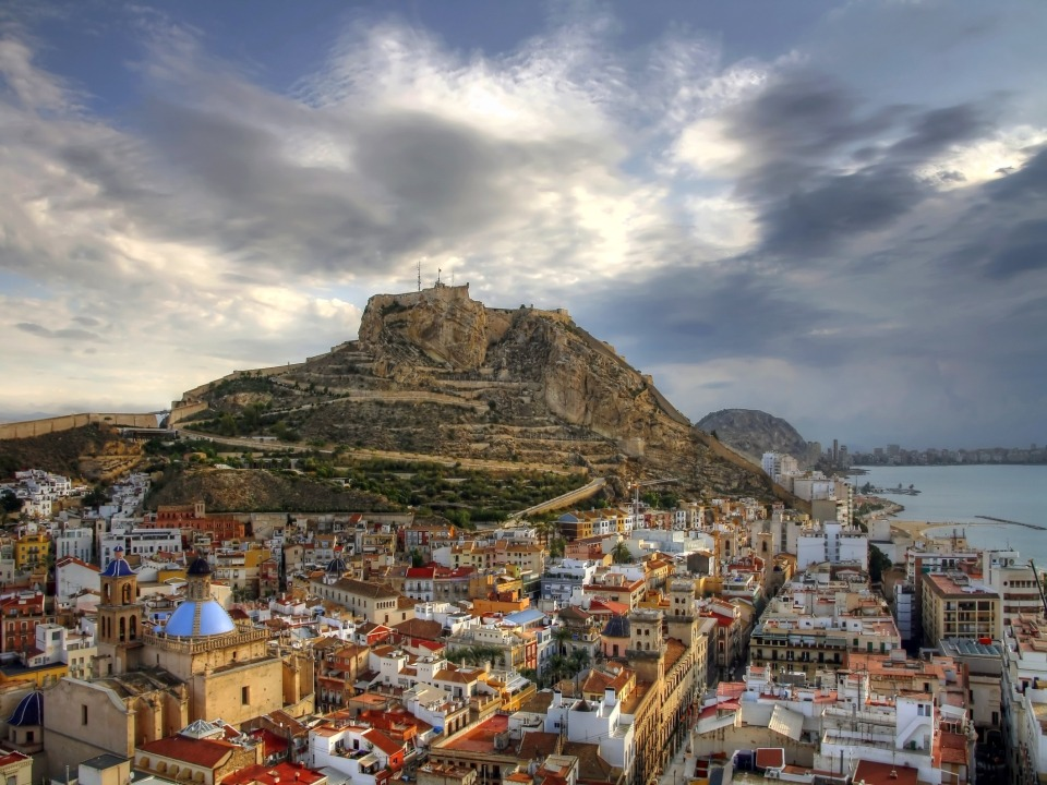 Alicante Dreamstime M 13288366