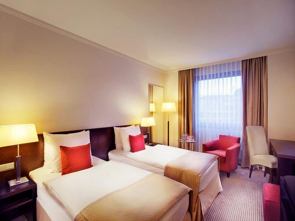 HotelCrownePlazaBILD